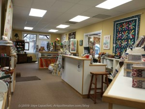 Morning Star Quilts: Back to front/ front of store