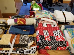 August 2017: Charity Quilts Available to Quilt