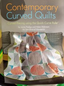 Contemporary Curved Quilts book cover